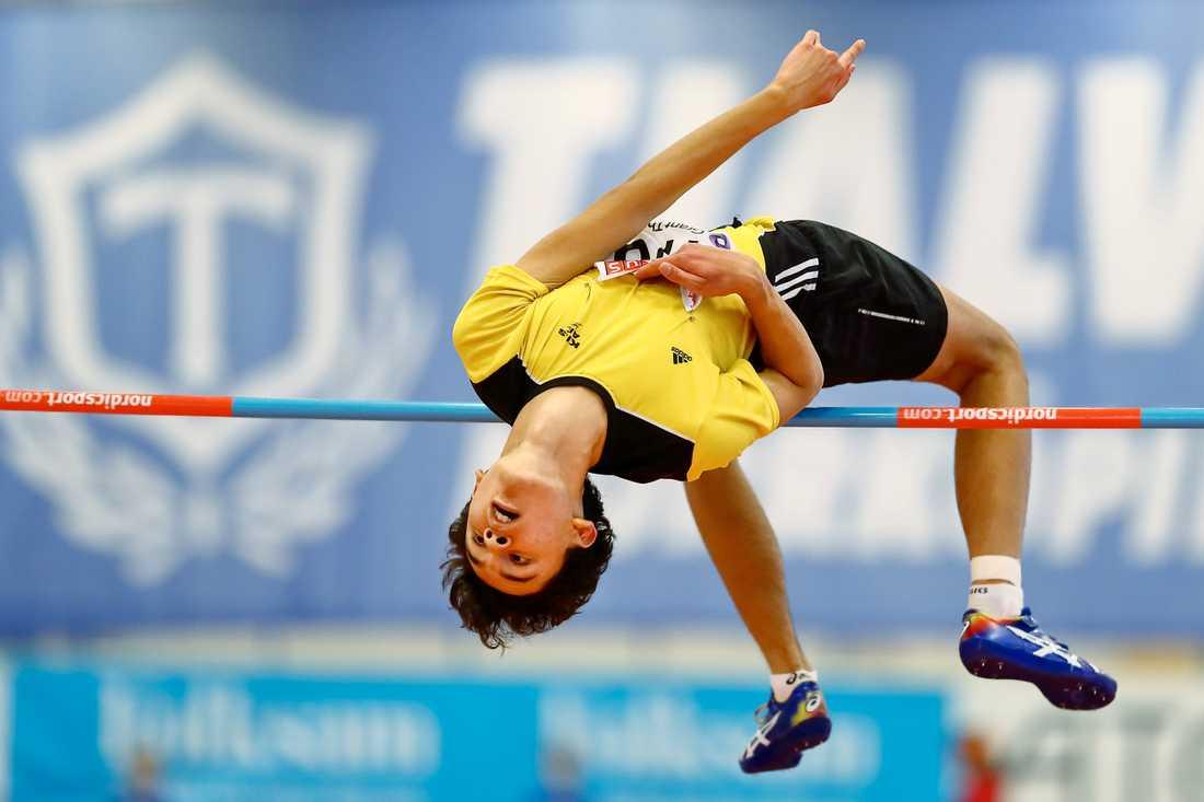 Melwin Holm blev fyra på SM efter att ha hoppat 2,04
