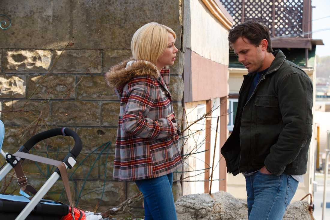 Michelle Williams och Casey Affleck i Manchester by the sea.