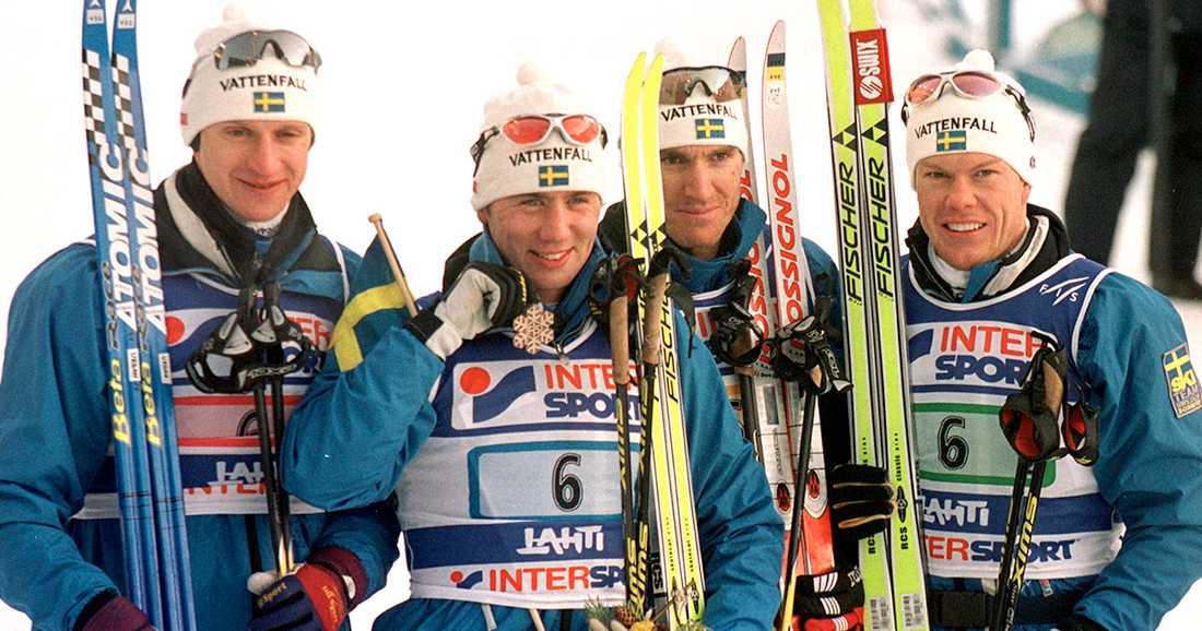 Urban LIndgren, tv, var med och tog VM-silver i Lahtis 2001 tillsammans med Per Elofsson, Magnus Ingesson och Mathias Fredriksson.