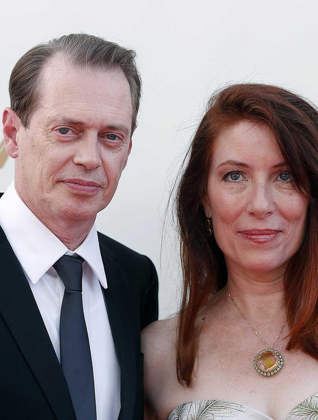 Steve Buscemi med hustru.