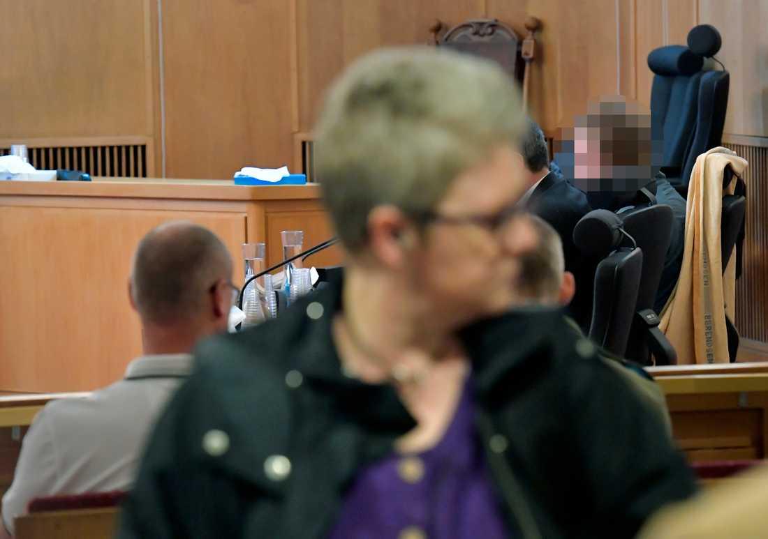 22-åringen på plats under häktningsförhandlingen