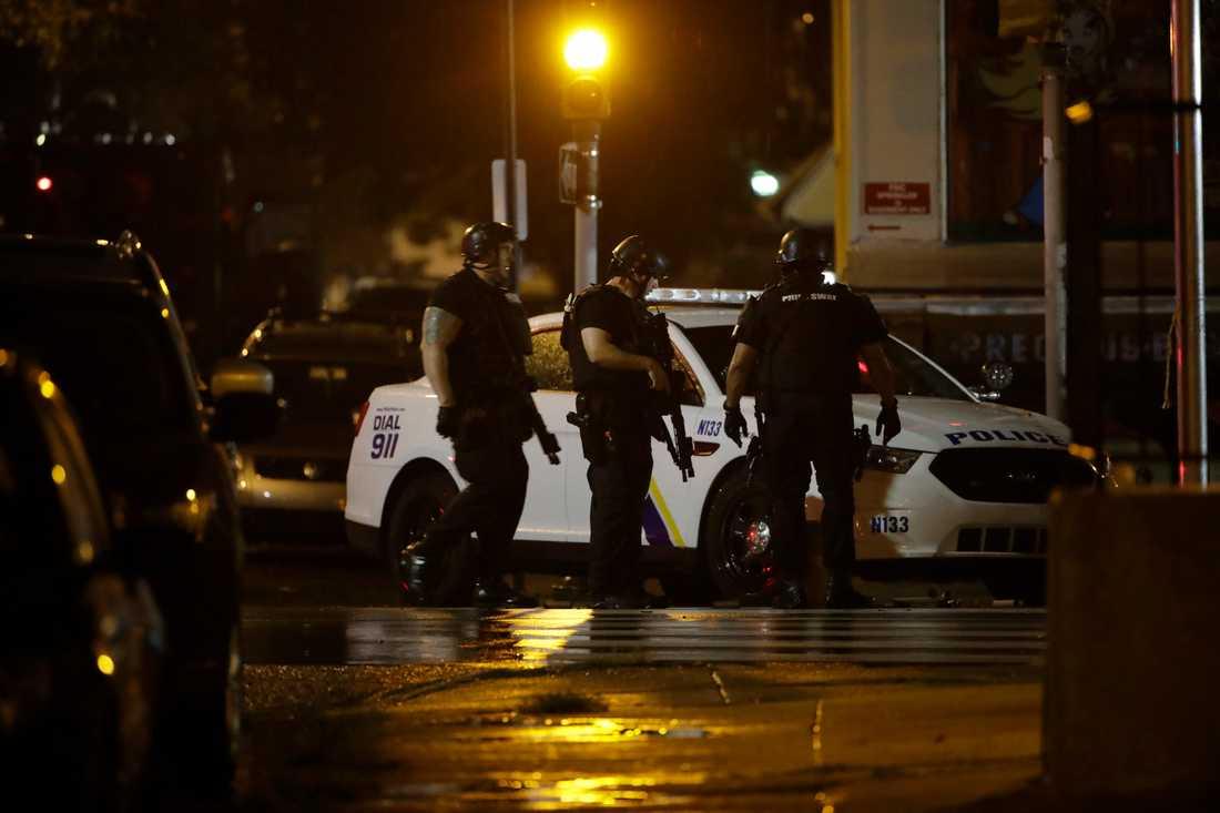 Utredningen av polisskjutningen fortsätter.