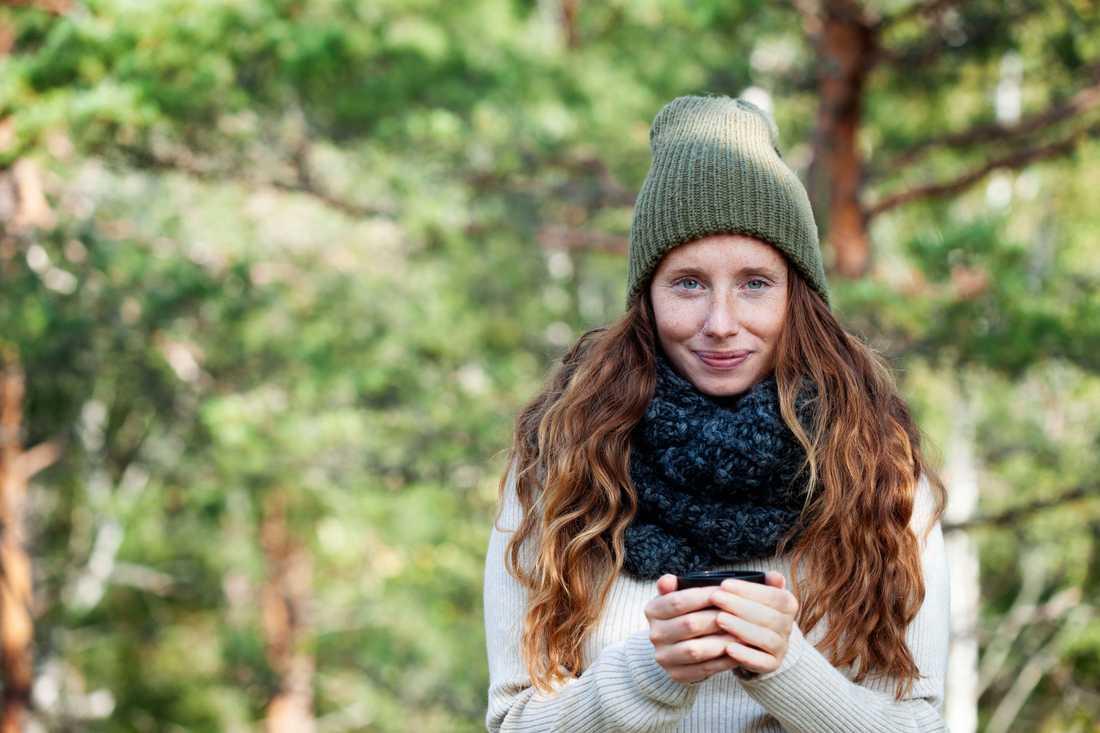 Dietisten och kokboksförfattaren Hanna Olvenmark ser till att planera för att laga mat utomhus.