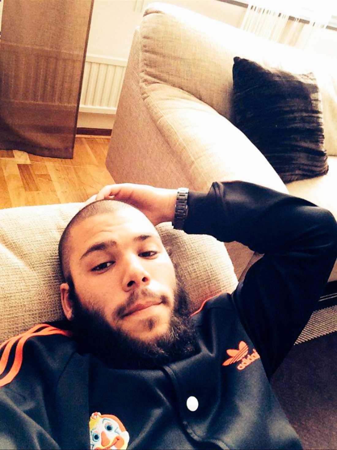 Osama Krayem, 23, från Malmö pekas ut som en av de två Brysselterrorister som gripits.