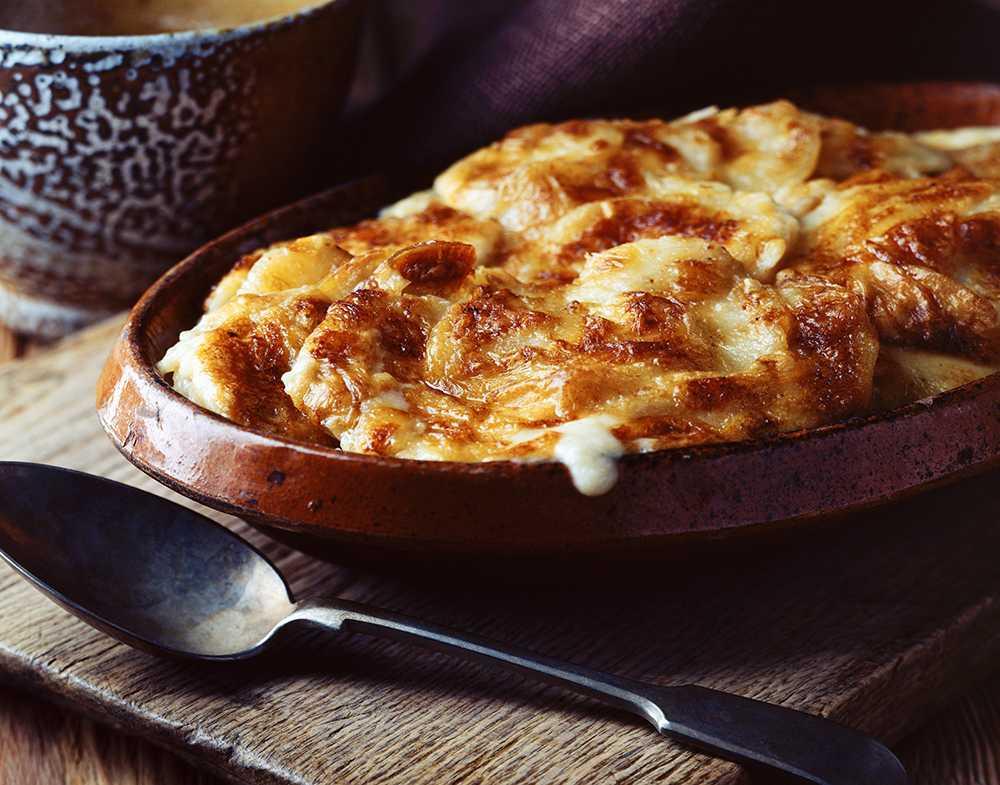 Underbart krämig potatisgratäng