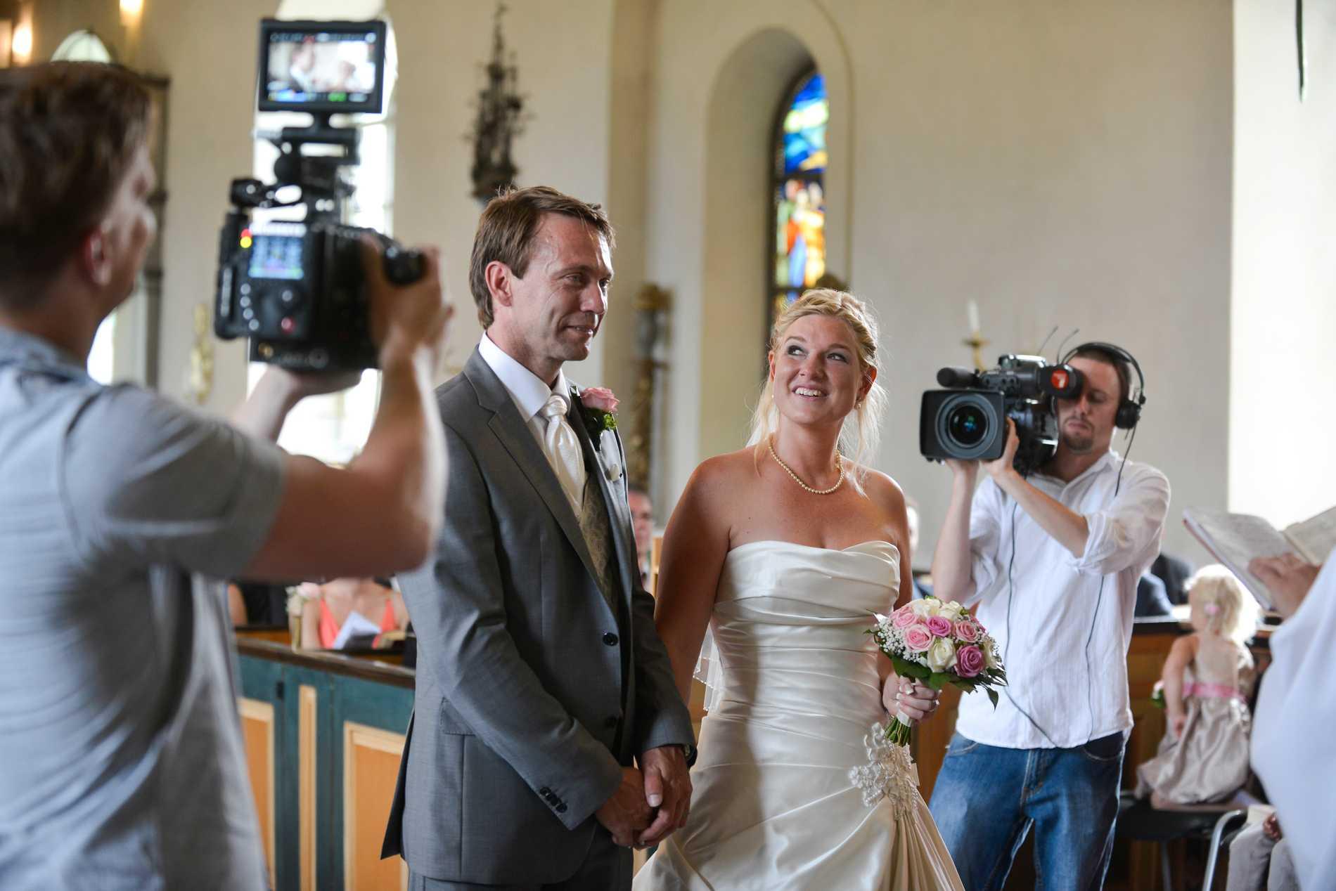 Anna Skölds och Harald von Kochs bröllop i Blidö kyrka filmades för ett återblicksprogram.