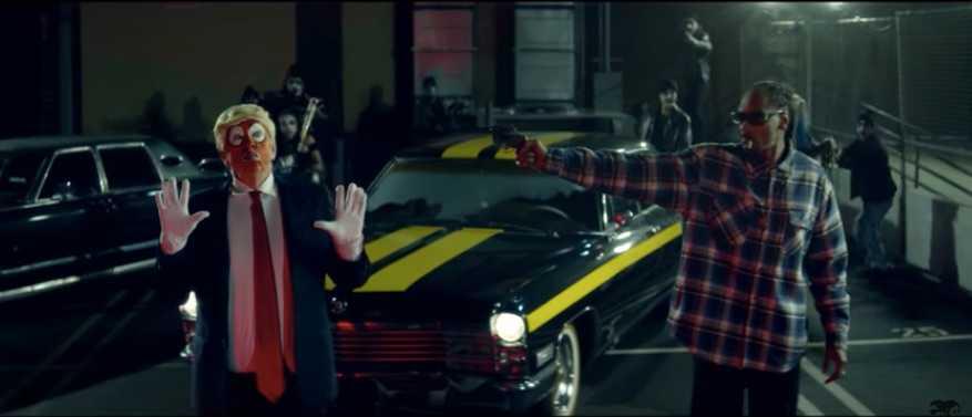 """Skärmdump från Snoop Doggs video till """"Lavender""""."""