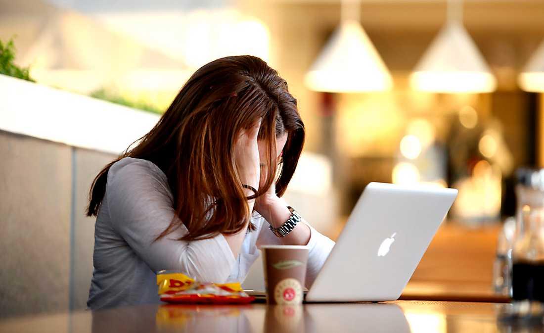 POLISEN SVIKER Många kvinnor hotas på nätet – och brotten verkar svårlösta trots att gärningsmännen i flera fall går att spåra.