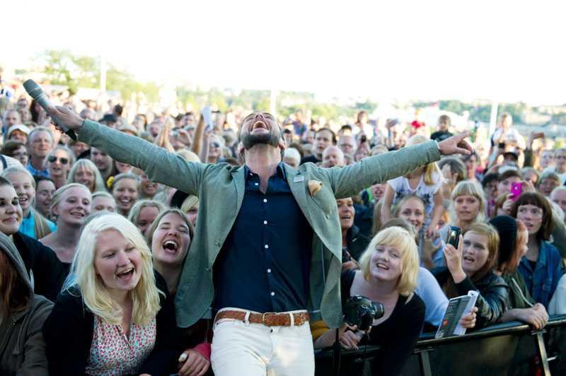 ...men han fick även kärlek av publiken.