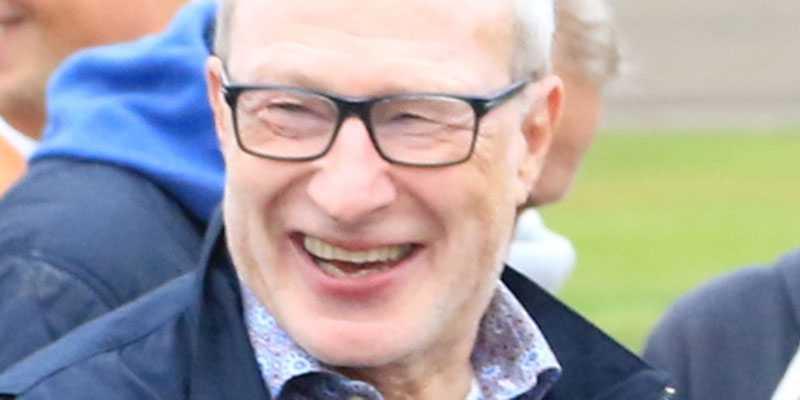 Mentale coachen Stig Wiklund firar fina dagar som hästägare.