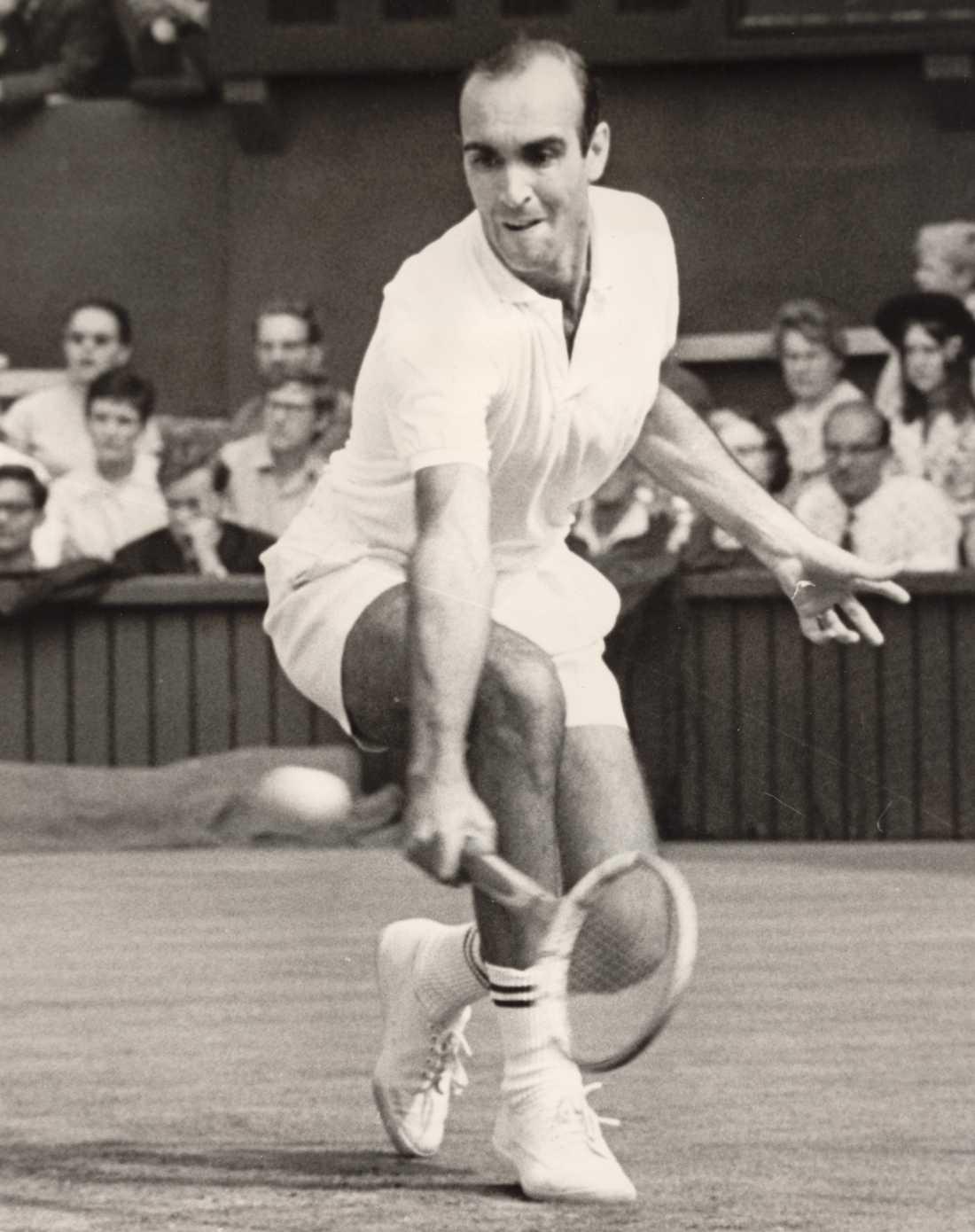 1972, Andres Gimeno (ESP)  Vann över Patrick Proisy (FRA) med siffrorna 4-6, 6-3, 6-1, 6-1.