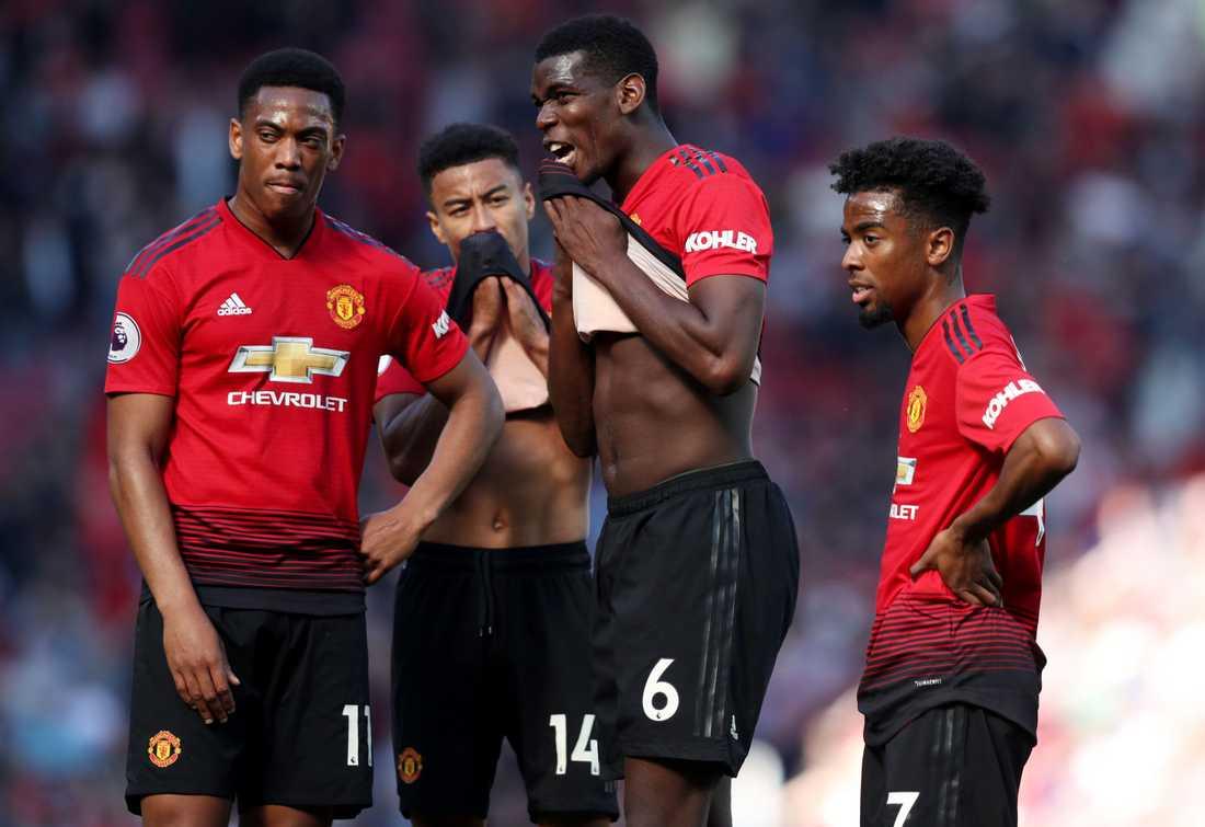 Paul Pogba och stjärnorna i United deppar efter 0–2-förlusten i sista matchen mot Cardiff.