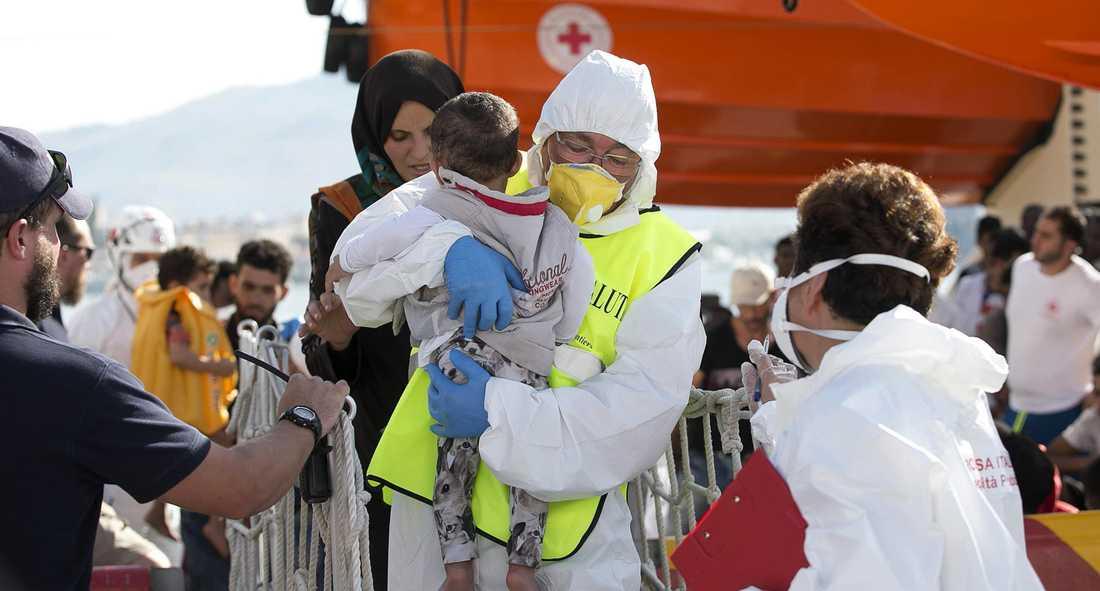 Olagligt? Italien har kriminaliserat frivilliga livräddningsinsatser på Medelhavet.
