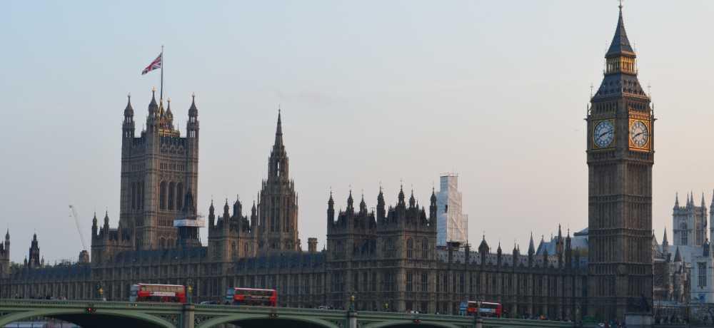 London är ett av svenskarnas favoritresemål, tusentals svenskar besöker staden varje år.