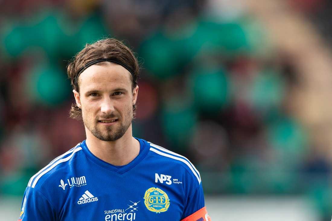 Linus Hallenius är klar för IFK Norrköping.