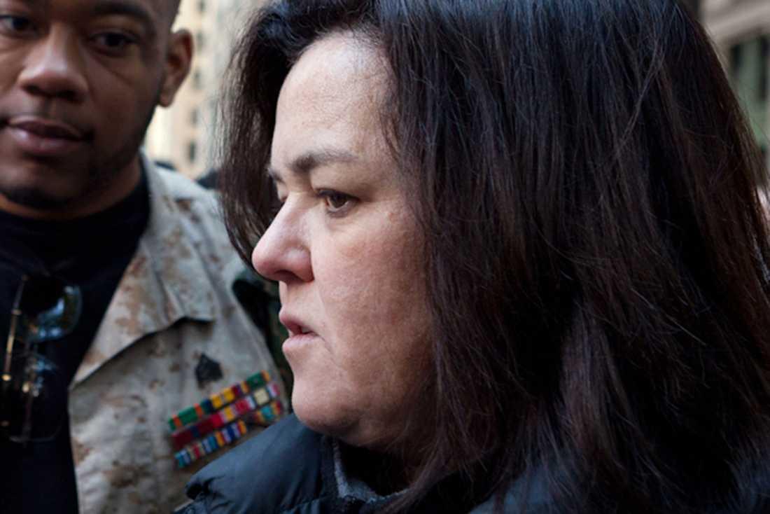 Rosie O'Donnell sågar Kevin Spaceys förklaring.