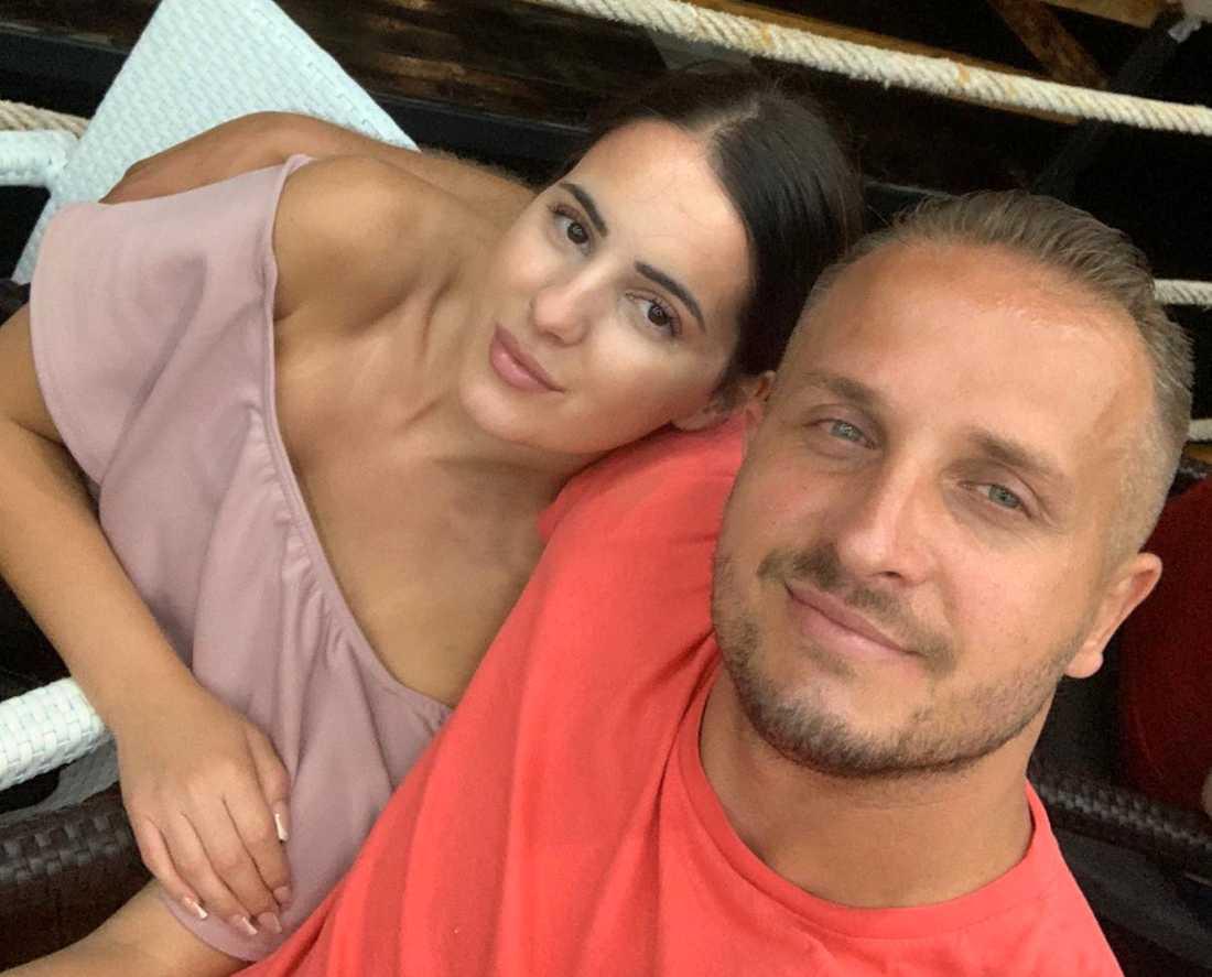 Det nyförlovade paret Vehid Fatic och Mirela.