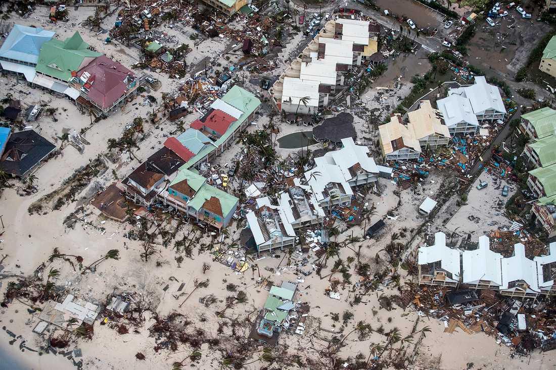 Bilden visar förstörelsen på Saint Martin efter stormen Irmas framfart.