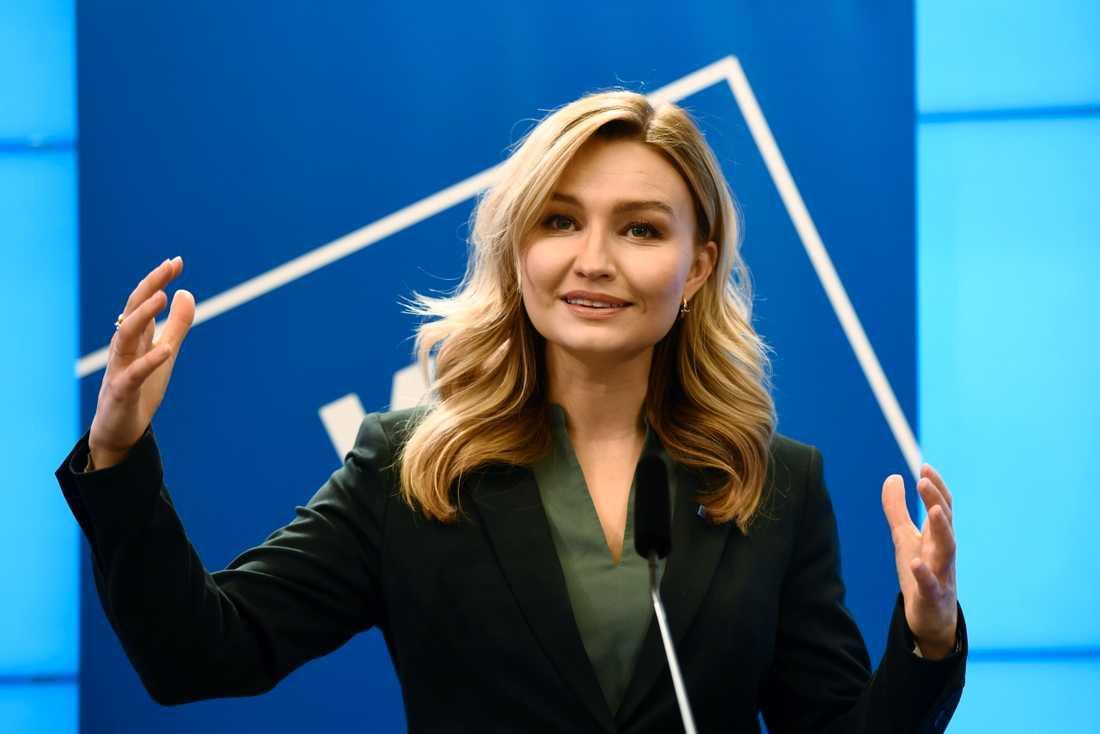 Kristdemokraternas partiledare Ebba Busch anklagar Socialdemokraterna för att sprida oro och missämja. Arkivbild.