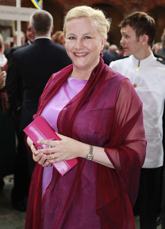 Ewa Björling, (m) Handelsminister.