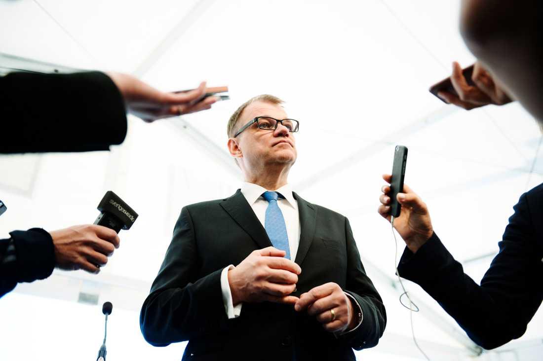 Centerpartiets ledare Juha Sipilä avgick som statsminister efter ett nederlag i riksdagen för en dryg månad sedan. Arkivbild.