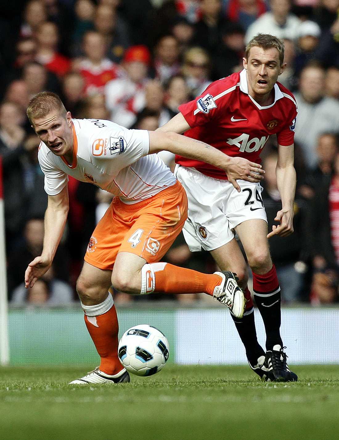 Darren Fletcher ser ut att missa Manchester Uniteds säsongsinledning.