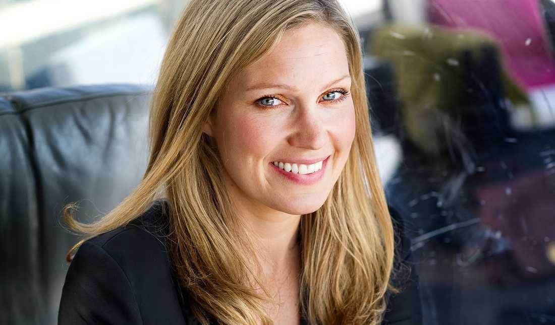 Programledaren Jessica Almenäs medverkar också…