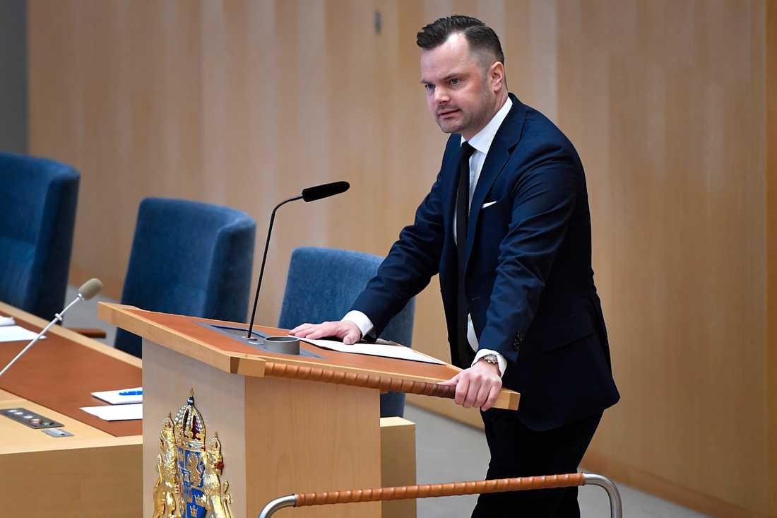 Adam Marttinen, Sverigedemokraternas rättspolitiska talesperson.