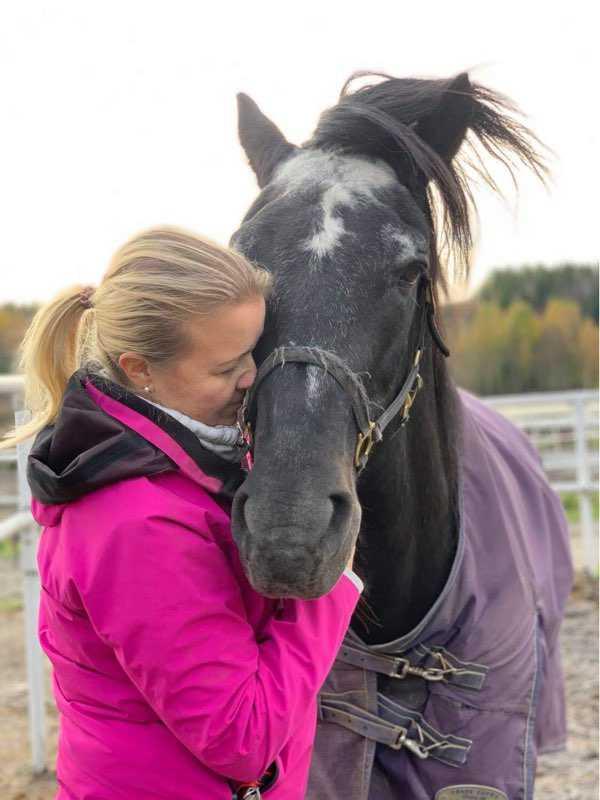 Den 9 oktober fick Tanja ta farväl av Järvsöfaks
