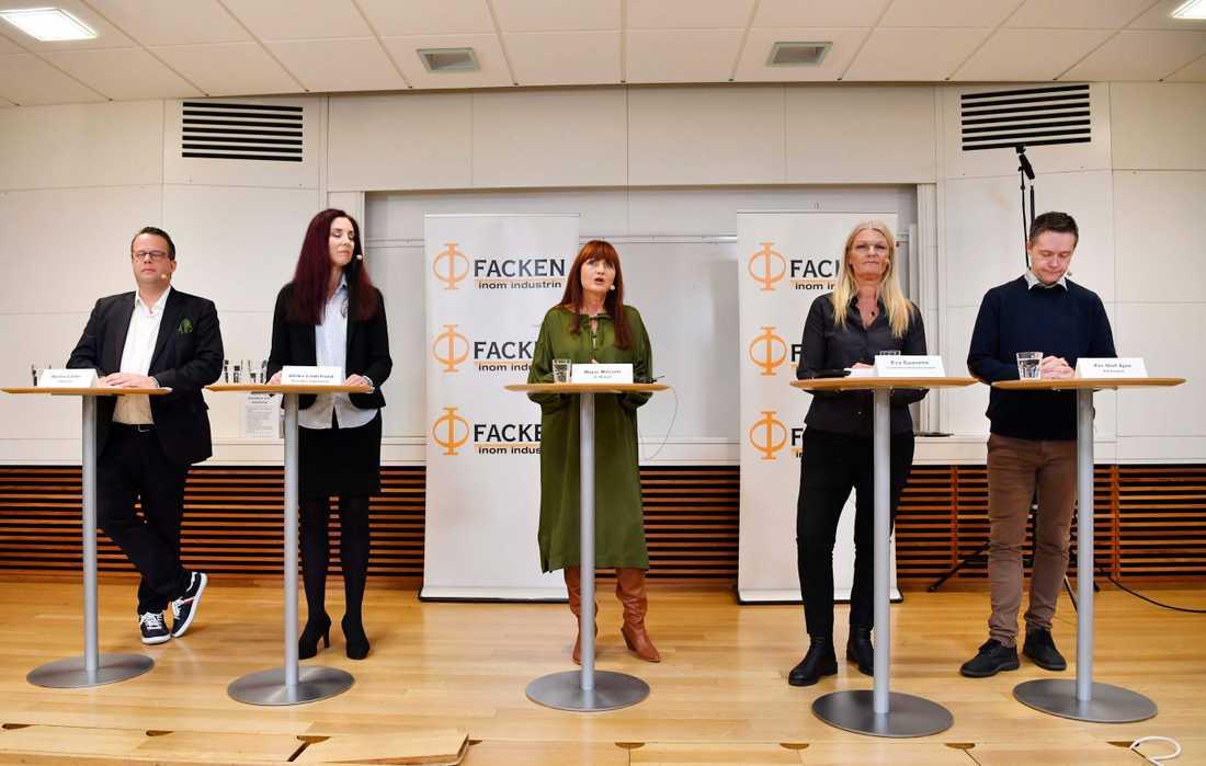 Fackens representanter under pressträffen om industrins avtalsförhandlingar.