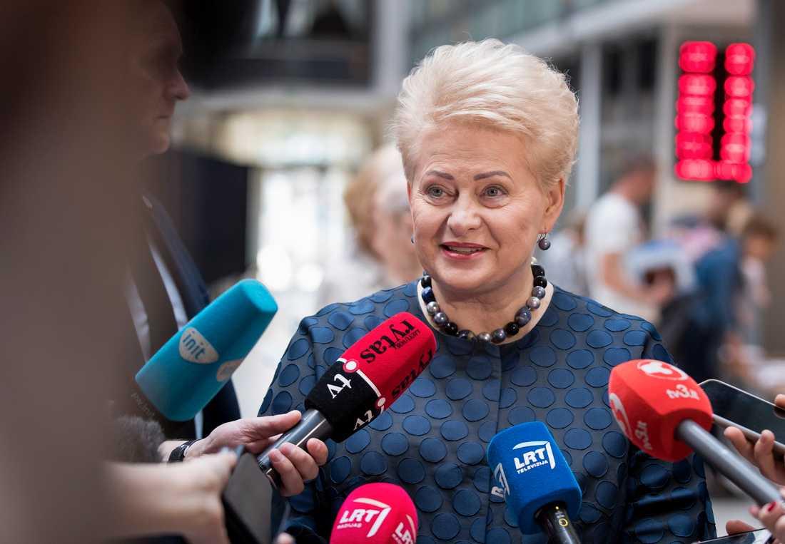 Litauiska Dalia Grybauskaite satt som EU-kommissionär 2004-09. När hon nu avgår som president i hemlandet är det många som tror att hon återigen får ett toppjobb i Bryssel. Arkivfoto.