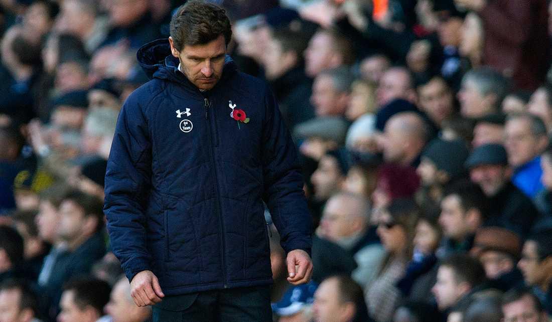På sin sista promenad? Enligt The Guardian riskerar portugisen André Villas–Boas att sparkas efter förnedrande 0-6 mot Manchester City.