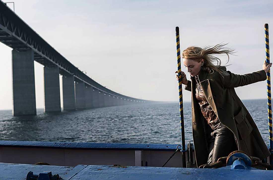 "Sofia Helin som polisen Saga i ""Bron""."
