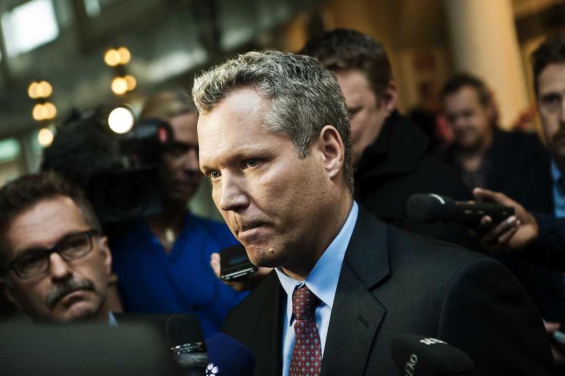 Tommy Waidelich (S),  ekonomisk-politisk talesperson.