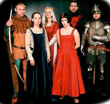 """Med vännerna i Tolkiensällskapet """"Forodrim"""" 2001."""