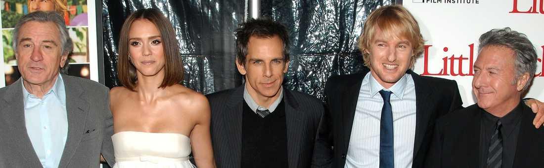 Robert De Niro, Jessica Alba, Ben Stiller, Owen Wilson och Dustin Hoffman kan skratta hela vägen till banken.