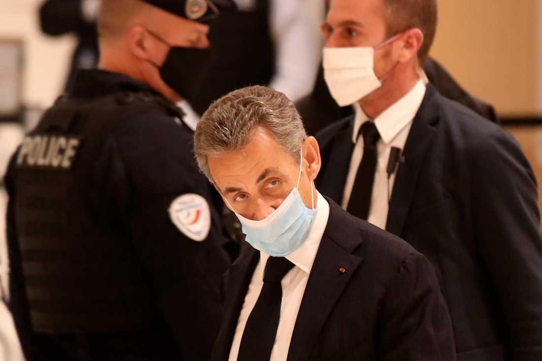 Frankrikes förre president Nicolas Sarkozy står inför rättsprocesser som riskerar att smutsa ned hans eftermäle. Arkivbild.