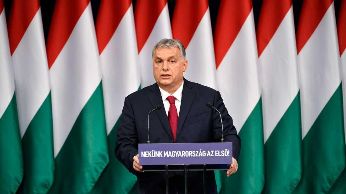 Ungerns premiärminister Viktor Orbán har infört en särskild lag med hänvisning till coronaviruset där journalister som sprider falsk information riskerar flera års fängelse. Arkivbild.