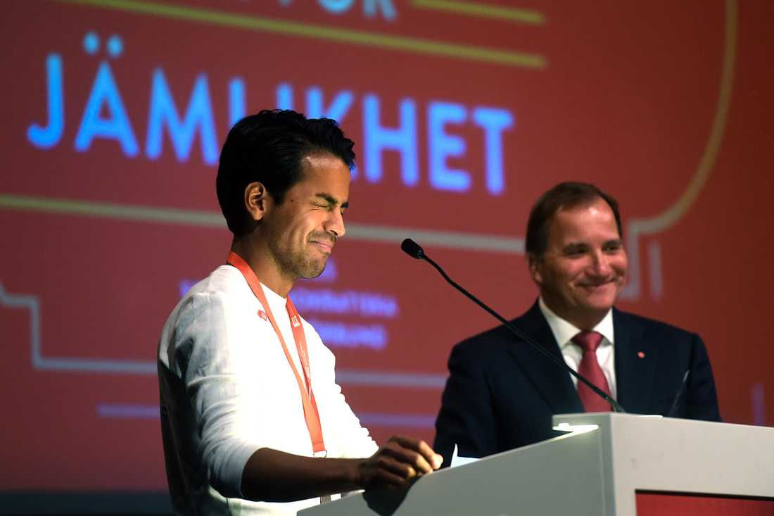 SSU:s ordförande Philip Botström och statsminister Stefan Löfven på SSU:s kongress i Älvsjö, Stockholm.