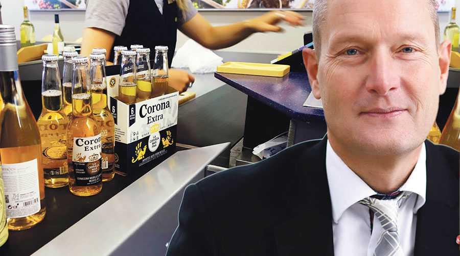 Öppnar man för gårdsförsäljning blir nästa steg att även livsmedelsbutiker måste få sälja Sprit starköl och vin, skriver Hans Hoff.