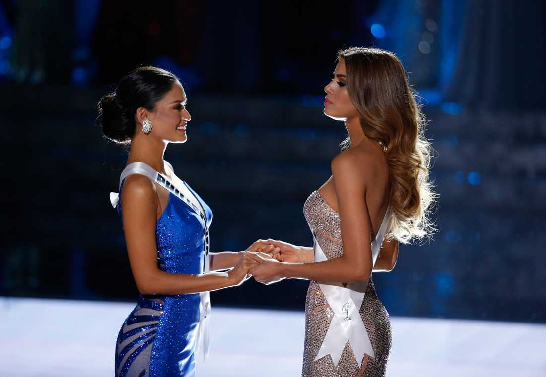 Miss Colombia och Miss Filippinerna.