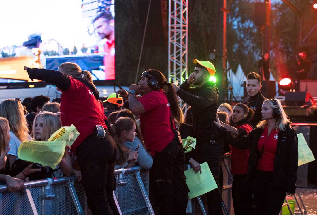 Vakter vid publiken