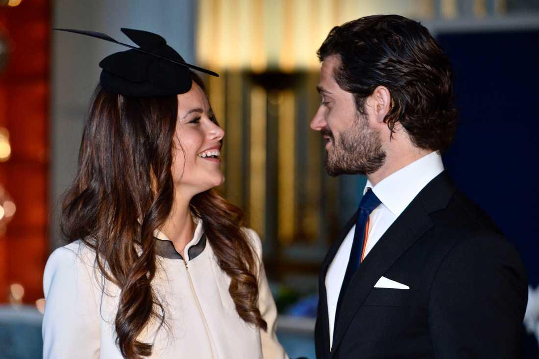 SVT sänder vigseln mellan Sofia Hellqvist och prins Carl Philip.
