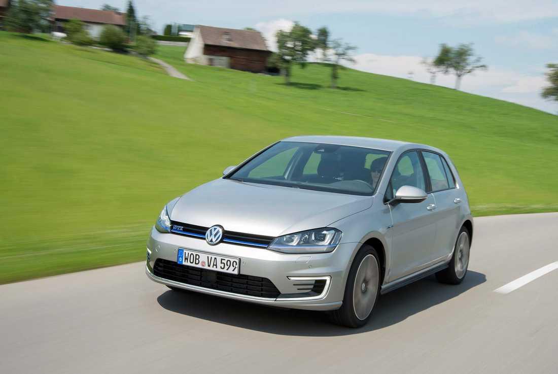 VW Golf är tvåa på listan både för oktober och under hela 2015.