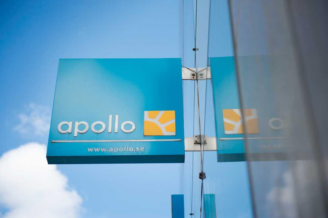 Apollo sade tidigare att man tänker flyga över Iran, något som gjorde kunden Kennet orolig.