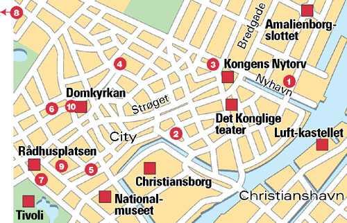 På turistinformationen mittemot Tivoli finns kartor med markerade platser så man kan gå sin egen tur.
