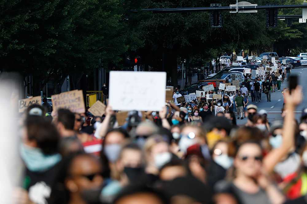 Stora demonstrationer i bland annat Athens, Georgia på söndagen.