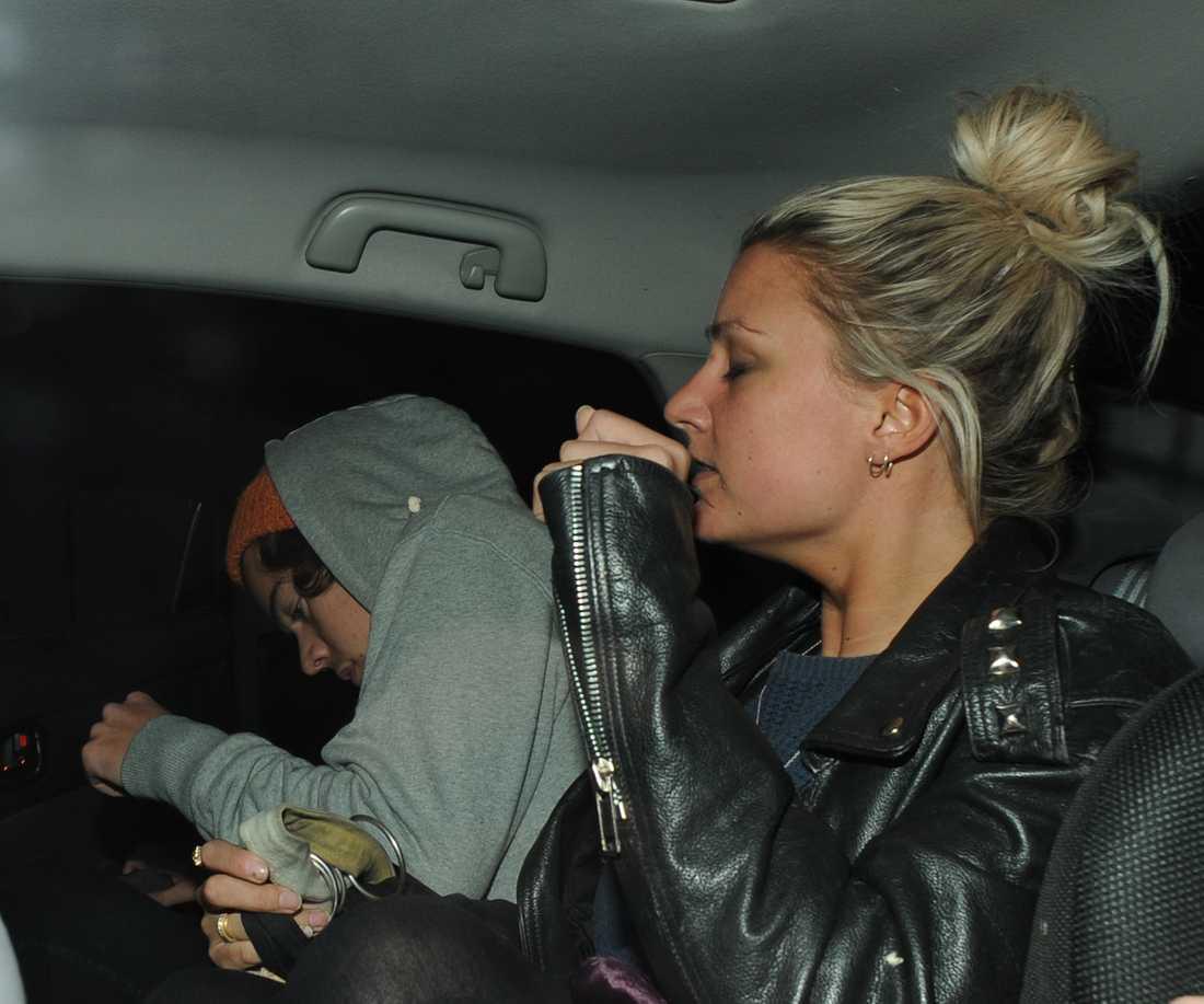 Hoppsan Harrys biltur med en puma avlöjades direkt.