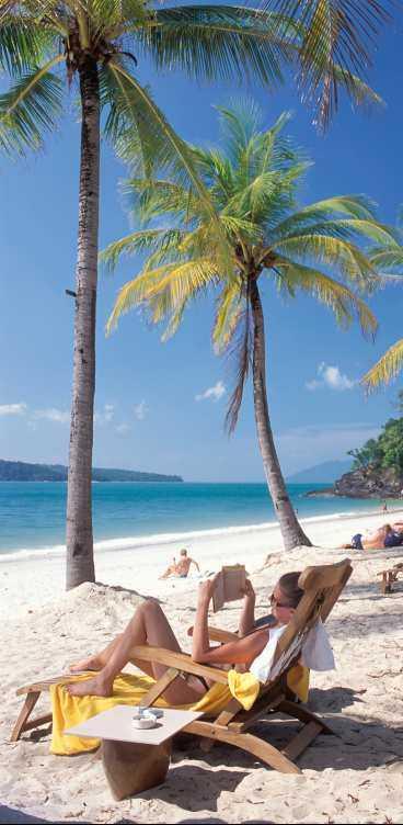 Langkawis många öar erbjuder långa, sköna sandstränder som ännu inte är så tätt befolkade som exempelvis Thailands.