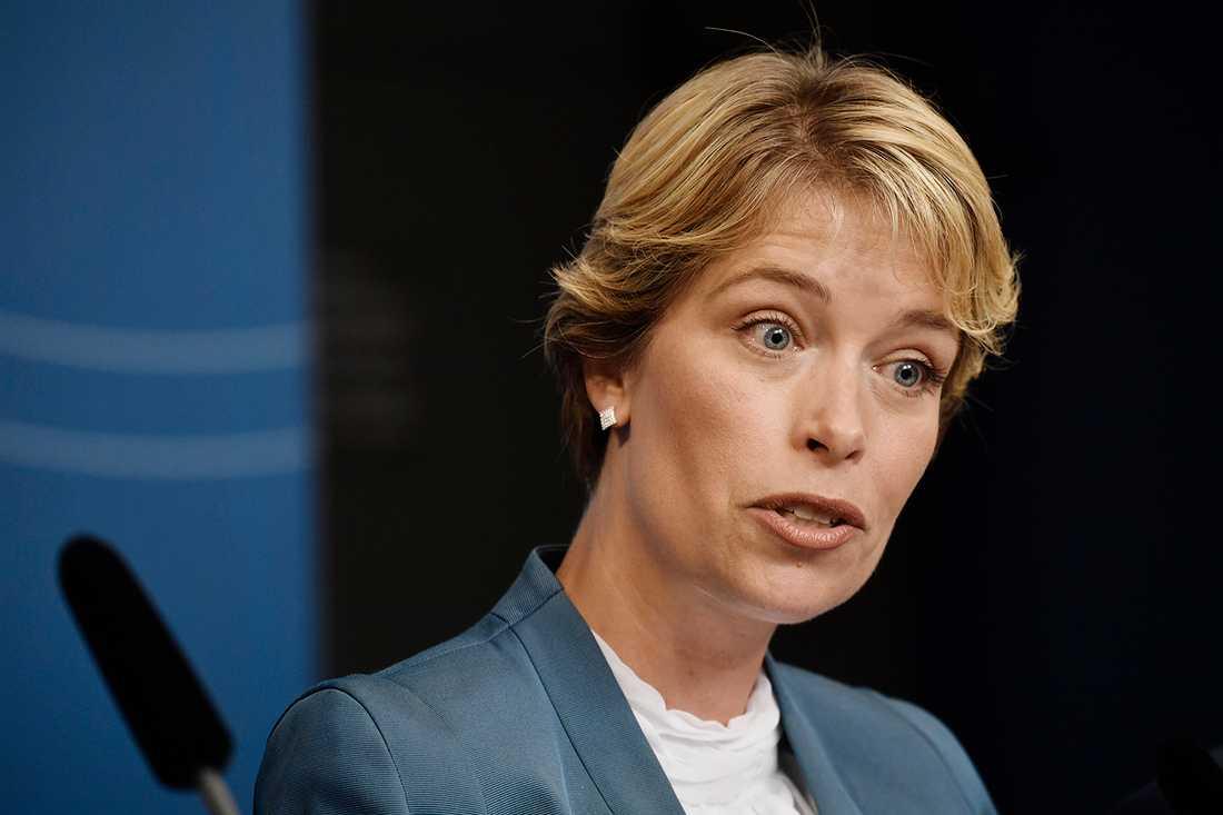 Annika Strandhäll får utökat ansvar och blir socialminister.